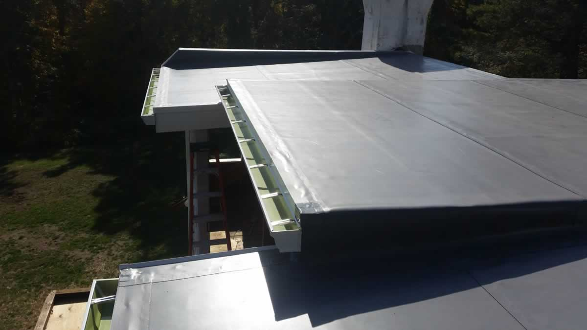 Flat Roof 20151021 142600 Gonzales Roofing